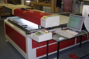 New laser cutting machine plastic machining