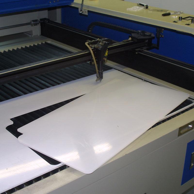 LaserMachine005