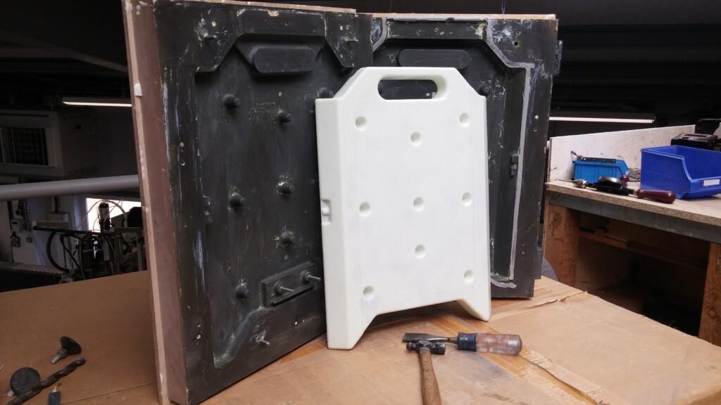 Roto Casting (Peli Bio) Plastic moulding